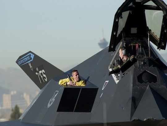 F 117 Nighthawk Machtres Fighters